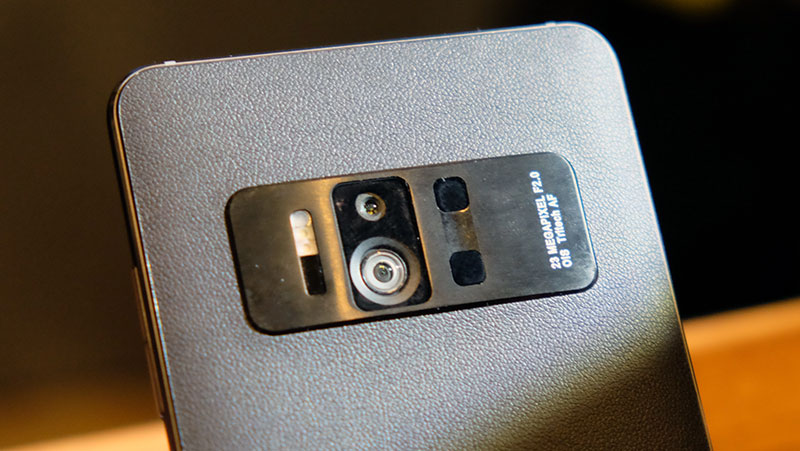 Here's a closer look at the rear cameras.