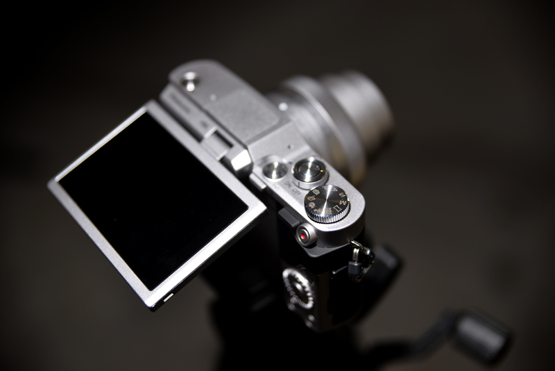 There aren't a lot of physical controls, but the LUMIX GF9 is still fairly easy to use.