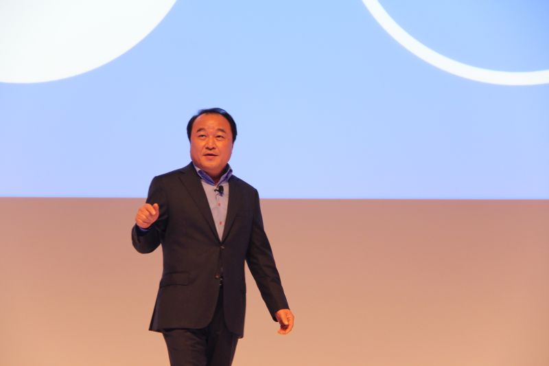 Yong Sung Jeon, President & CEO, Samsung Electronics South East Asia & Oceania during his opening address.