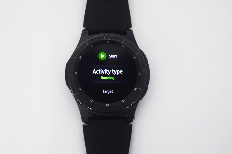 The device also performed well in tracking activities like running or walking.