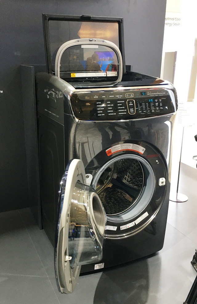 samsung flexwash merges the power of two washers and a dryer in one body. Black Bedroom Furniture Sets. Home Design Ideas