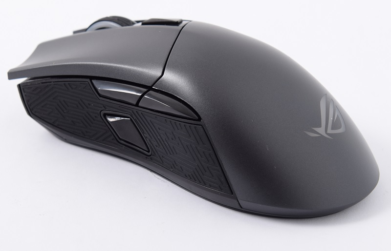 Build and Features : ASUS ROG Gladius II review: Against the