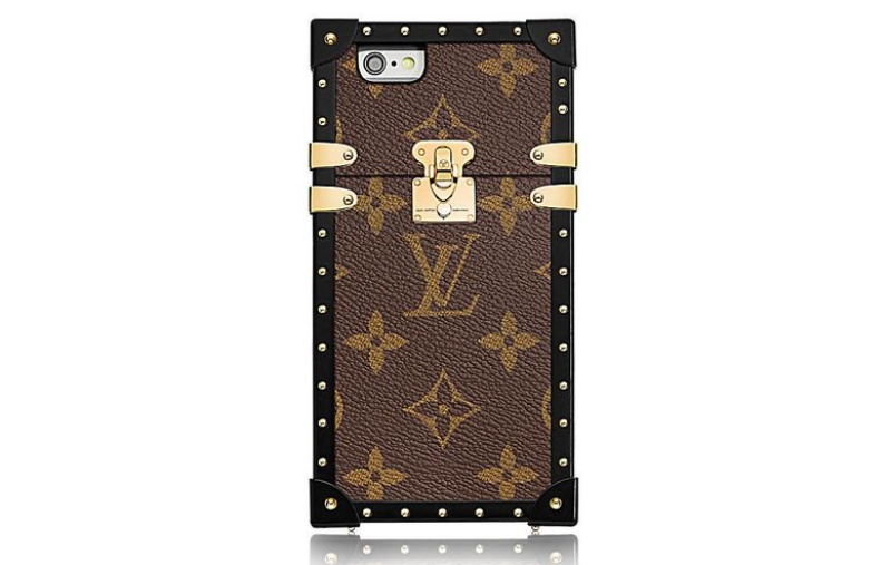 The Eye-Trunk for iPhone 7 in Monogram canvas <br> Image source: Louis Vuitton