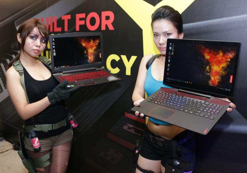 Lenovo's new Legion gaming notebooks. Seen here is the Y520 (left) and the Y720 (right).