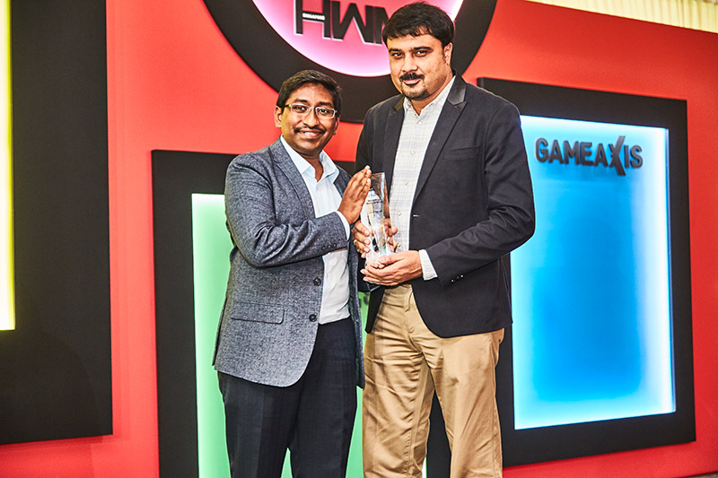 The Readers' Choice award for Best Gaming Notebook Brand goes to Dell/Alienware. Receiving the award on behalf of the company is General Manager and Director for South Asia and Korea, Mr. Rakesh Mandal.