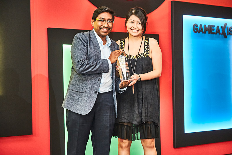 Lenovo is winner of our Readers' Choice for Best Business Notebook Brand. Accepting the award here is Ms. Celeste Yeow, Marketing Manager for Lenovo.