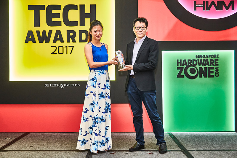 With an all-screen, speaker-less, and ceramic design, the Xiaomi Mi Mix is a technical marvel, which is why it's a winner of our Innovation Award. Accepting the award here is Ms. Ten Zhi-Lei from Xiaomi Singapore.