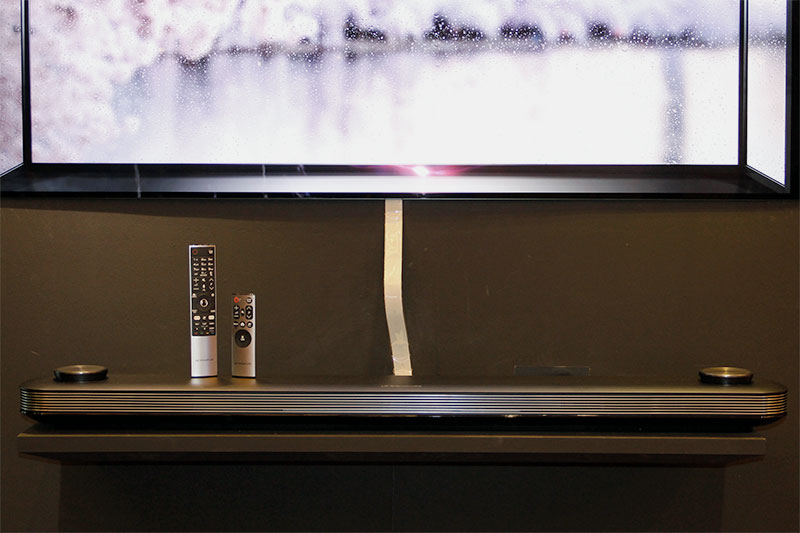 A single flat cable carries the AV signals and power between the soundbar and TV. If the units aren't placed too far apart, the standard 40cm cable will do. A 160cm extension is also included in the box. Suffice to say, to achieve the best look, you need to hide this cable.