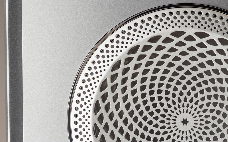 The driver lenses for tweeters and mid-range drivers are specially perforated to block out-of-phase frequencies.