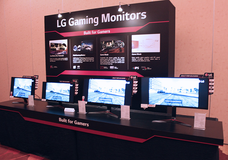 The highlight of LG's new gaming monitor range is the 34UC79G, which is a 34-inch curved monitor that supports 144Hz refresh rates.