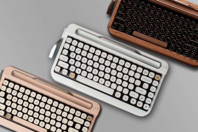 fc144f6c35b Penna Bluetooth keyboard gives a vintage typewriter feel. Image source:  Android Authority