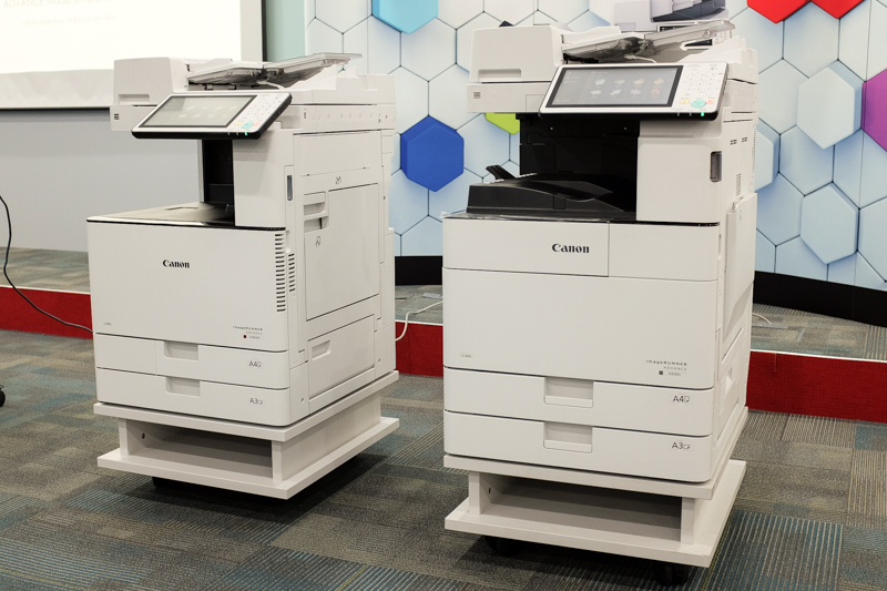 The Canon imageRUNNER ADVANCE iR-ADV C3525i on the left, and the imageRUNNER ADVANCE iR-ADV 4535i on the right.