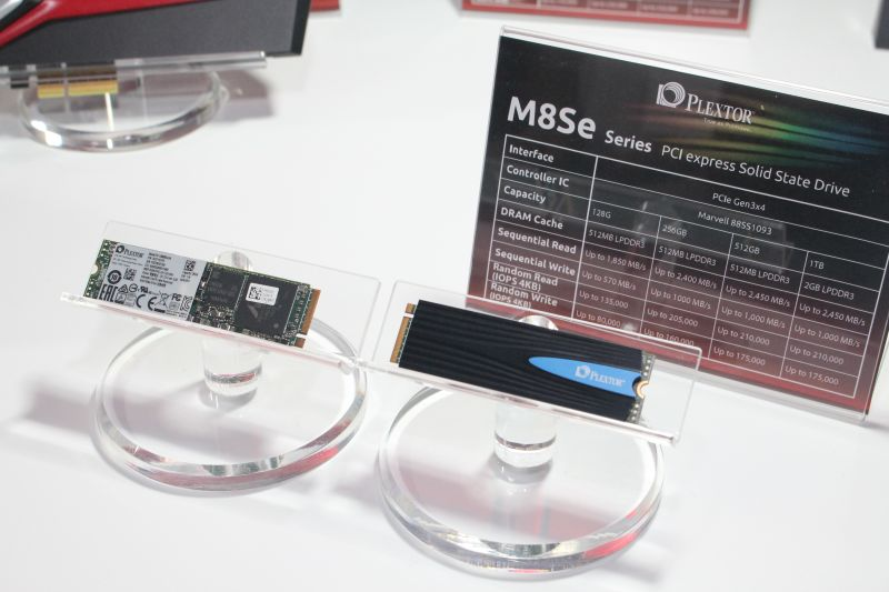 The Plextor M8Se comes in three form factors: in its naked M.2 state, its M.2 state with a heatsink, and in its PCIe form factor (pictured below).