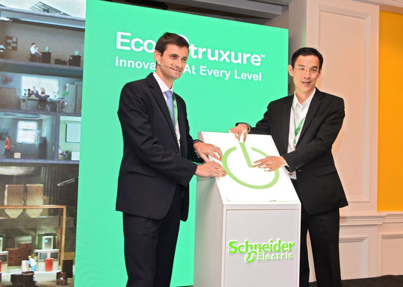 (From L-R): Jean Baptiste Hazard, Vice President EcoBuilding, Schneider Electric East Asia Japan; and Soo Pow Leong, Country President of Schneider Electric Malaysia, launching EcoStruxure and the EcoXpert program earlier today.