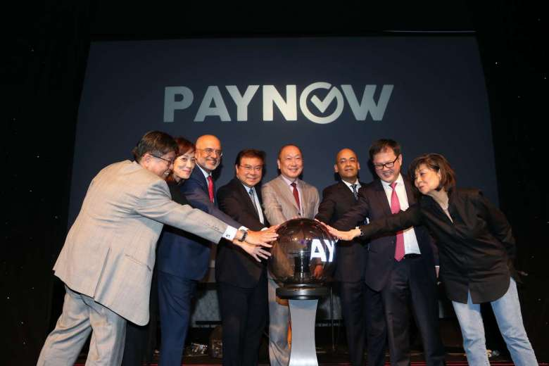 Customers of seven participating banks can use PayNow from July 10. (Photo: Lianhe Zaobao.)