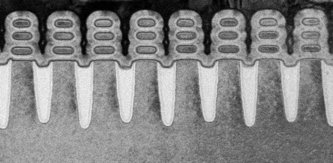 Silicon nanosheet transistors at 5nm.