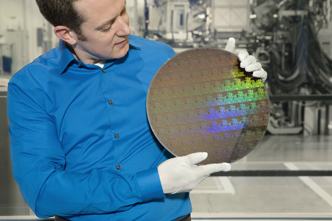 Wafer of chips with 5nm silicon nanosheet transistors. Image credit: IBM.