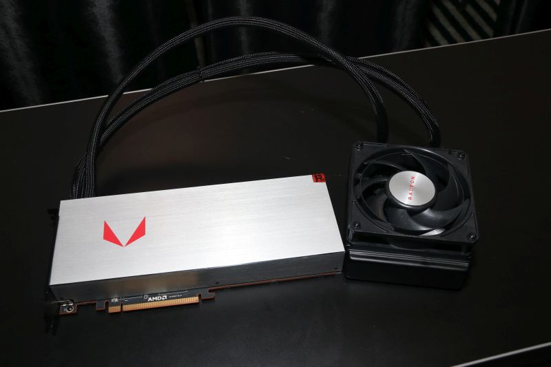 We also managed to catch a glimpse of the liquid-cooled variant of the Radeon RX Vega 64.