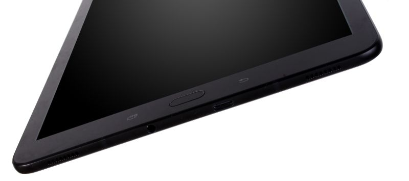The bottom part of the tablet, where the USB 3.1 Type-C port, 3.5mm audio jack and two more speaker grilles are visible.