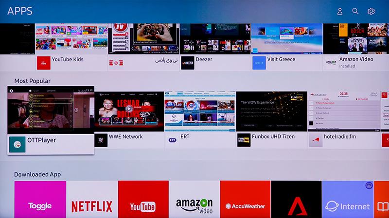 Smart Hub & Smart Remote : Samsung 65-inch Q9F QLED TV