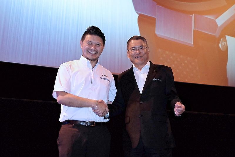 S.J. Ong, Executive Director of Marco Heritage (M) Sdn Bhd, and Shigenori Itoh, Senior Executive Managing Officer of Casio Computer Co. Ltd.
