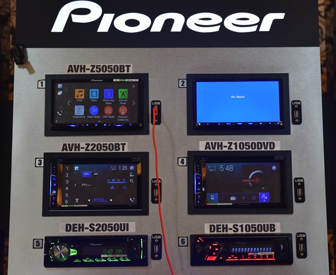 pioneer turns a vehicle into a smartphone accessory with the z series receivers hardwarezone com ph z series receivers