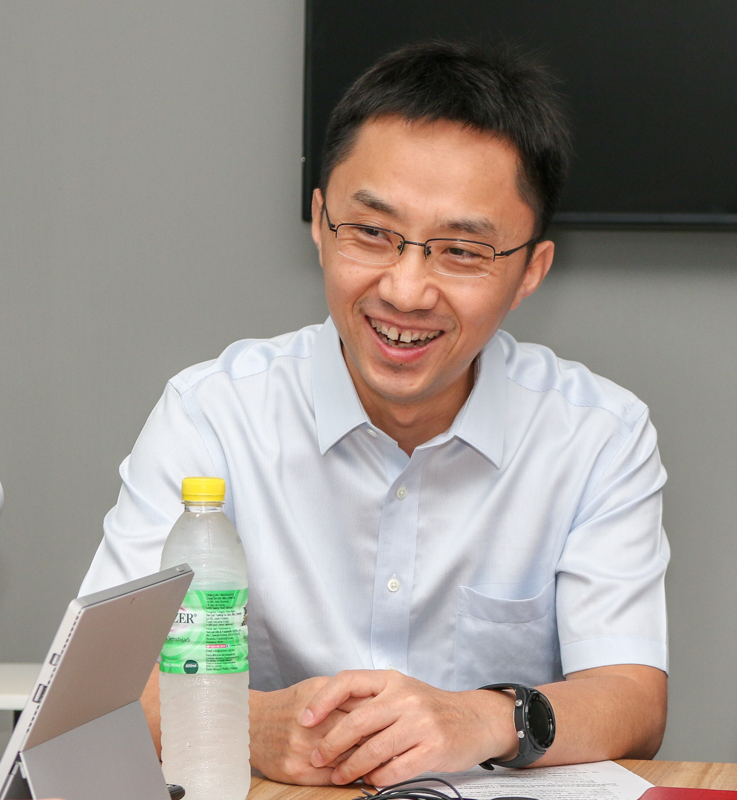 Bruce Lee, Vice President, Handset Business, Huawei Consumer Business Group.