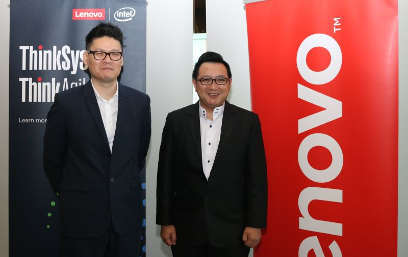 From L-R: Han Chon, General Manager, Data Center Group, ASEAN Region, Lenovo, and JohN Boey, Country General Manager Singapore and Malaysia, Data Center Group, Lenovo.