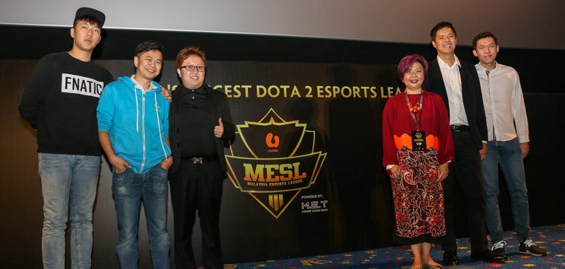 "From L-R: ""Ohaiyo"" Khoo Chong Xin, Professional Dota 2 Player; K.P. Sim, Country Manager of Singapore, Malaysia, Philippines and Brunei, Logitech; Kenchi Yap, Managing Director, Mineski Events Team; Jasmine Lee, Chief Marketing Officer, U Mobile; Lee Chong Khay, Vice President of Sports Business, Astro; and ""Mushi"" Chai Yee Fung, Professional Dota 2 player, during the launch of the Malaysia eSports League earlier today."
