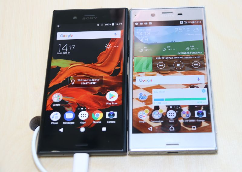 The Sony Xperia XZ1 (left) and the original Xperia XZ (right). By comparison, the XZ1 is thinner and longer than its predecessor.