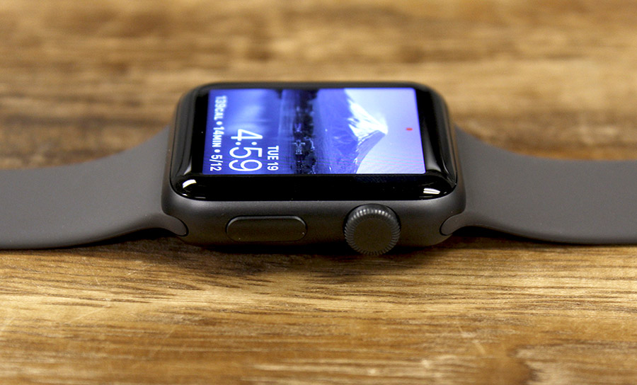 The Digital Crown and side button have been retained and are the only physical inputs for the Apple Watch Series 3.