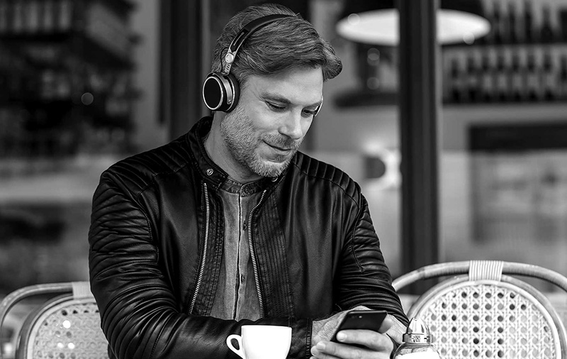 4b37f412ef0 The beyerdynamic Aventho wireless headphones are made for audio purists
