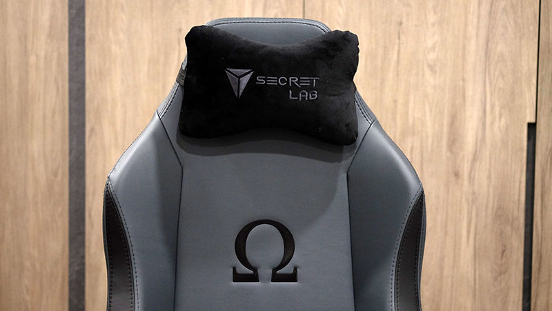 The Omega also comes with a neck cushion.