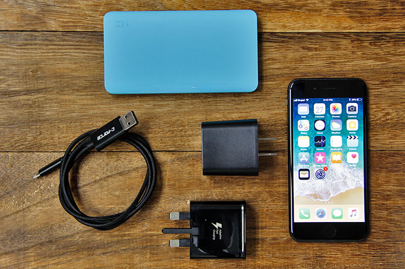 The C-Force CC02 Lightning cable enables a Quick Charge charger to
