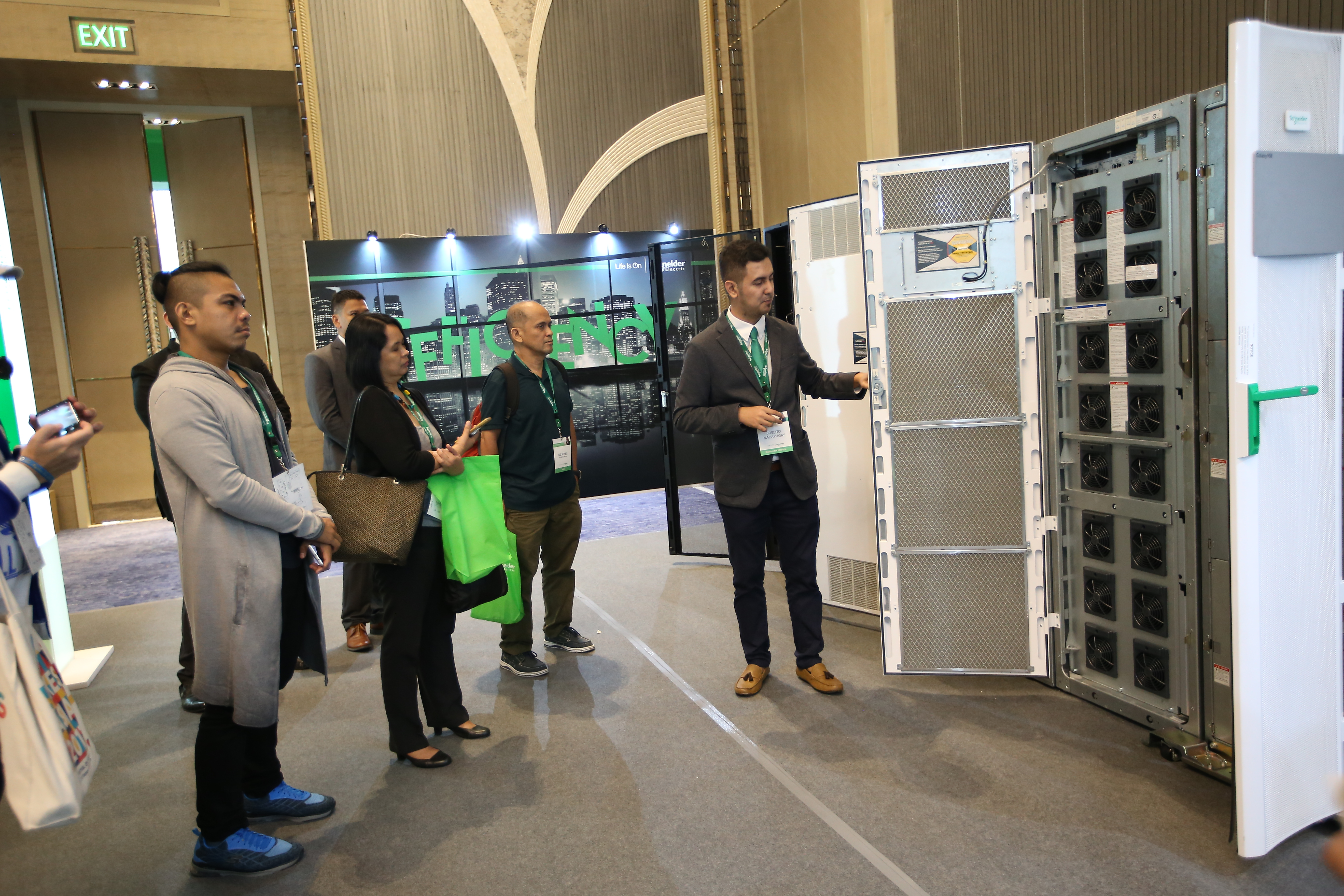 Schneider Electric Philippines Innovation Summit 2017 Guided Hub Tour.