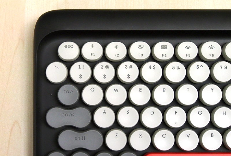 Lofree has realigned the number row so that the layout is closer to that of regular keyboards. The Caps Lock key has also been enlarged.