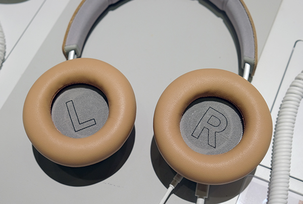 The ear pads are made out of genuine lambskin leather and filled with memory foam. As a result, they are extremely soft and plush.