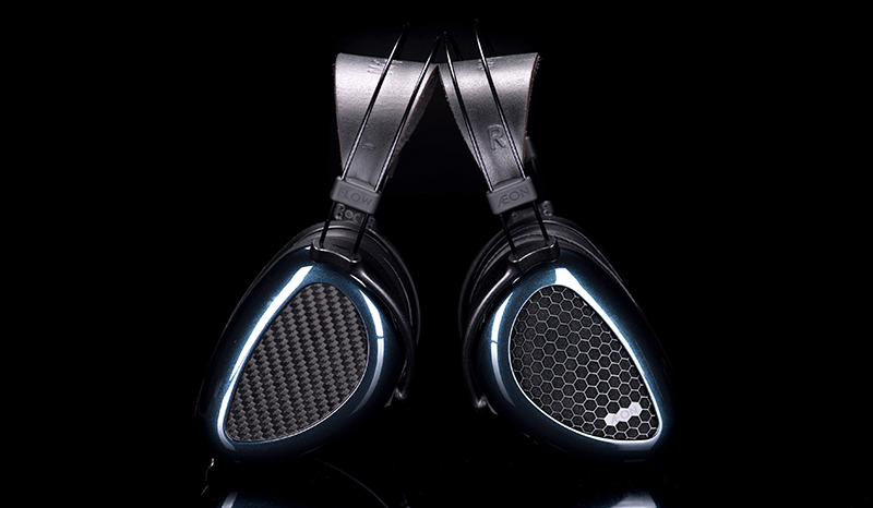 The closed-back Aeon Flow headphones uses carbon fiber in the construction of its ear cups. (Image source: MrSpeakers)
