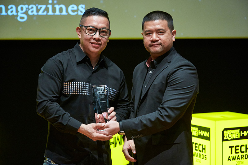 Nintendo picks up an Innovation award for its Switch console. Accepting the award here is Mr. Craig Soo from Maxsoft, which is the official distributor for Nintendo in this region.