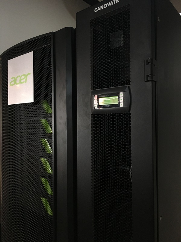 Powered by Acer's HPC cluster optimized for AI applications, this Acer AI supercomputer runs at speeds of up to 500 TFLOPs and carries a capacity of 500TB.