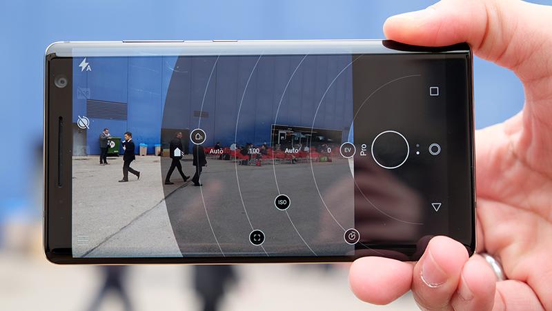 Nokia 8 Sirocco Pro mode