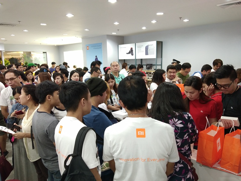xiaomi, redmi 5a, redmi 5 plus, smartphones, lazada, trinoma, megamall, mi tv 4, dolby, mi box 4, robot vacuum cleaner, qicycle, air purifier, free tie shoes, redmi 4x, redmi note 4, redmi note 5a
