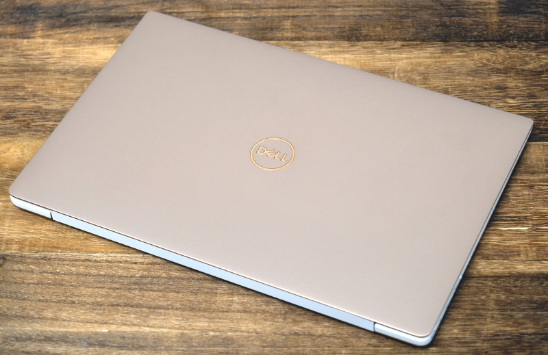 Sick of the usual silver and black notebooks? The XPS 13 comes in rose gold.