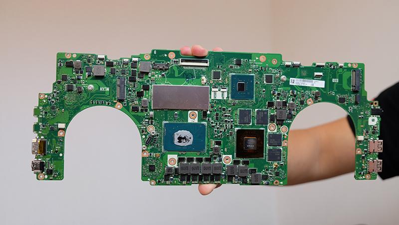 ASUS ZenBook Pro 15 PCB