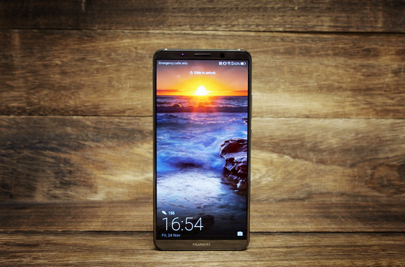 The Huawei Mate 10 Pro sports a 6.0-inch AMOLED display.