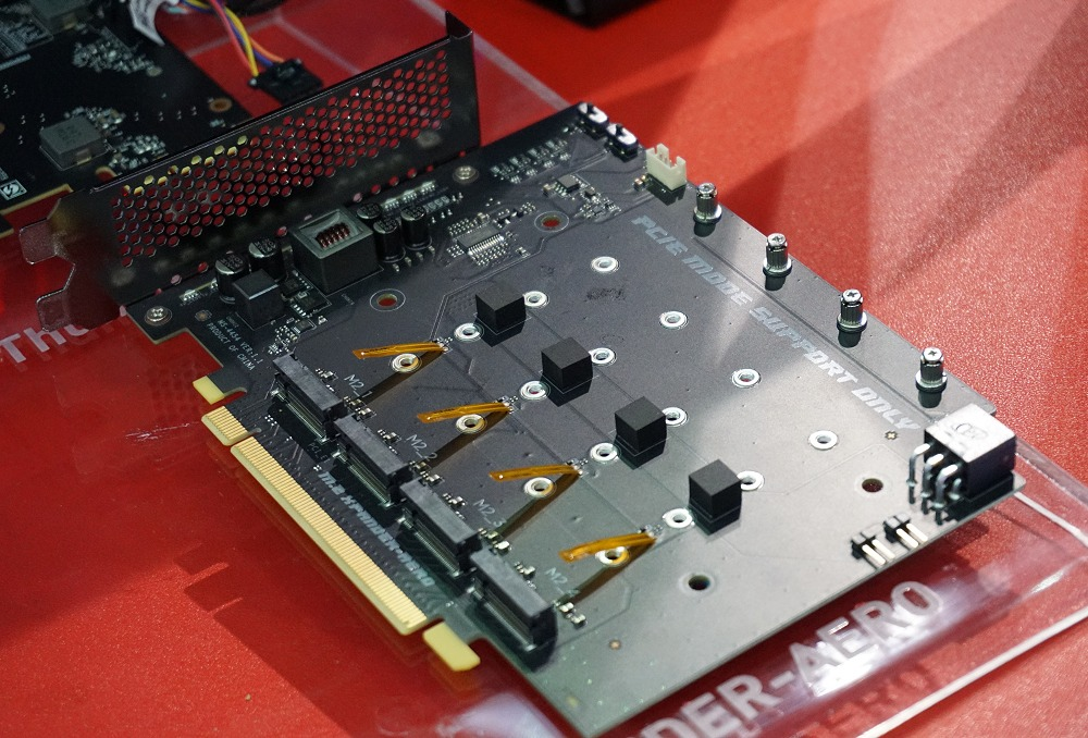 The MSI Xpander-Aero has flat temperature sensors to closely monitor each of the four M.2 cards it can house and control throttle the fan speed as required.
