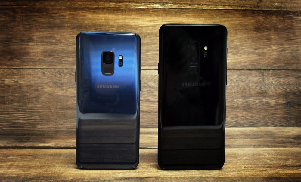 The Samsung Galaxy Note 9 is said to have the same camera hardware as the Galaxy S9+ (right).