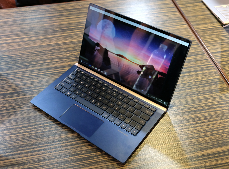 The ZenBook 13 is unbelievably compact.