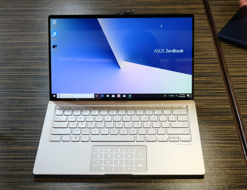 And so is the ZenBook 14. Note how thin the bezels are.