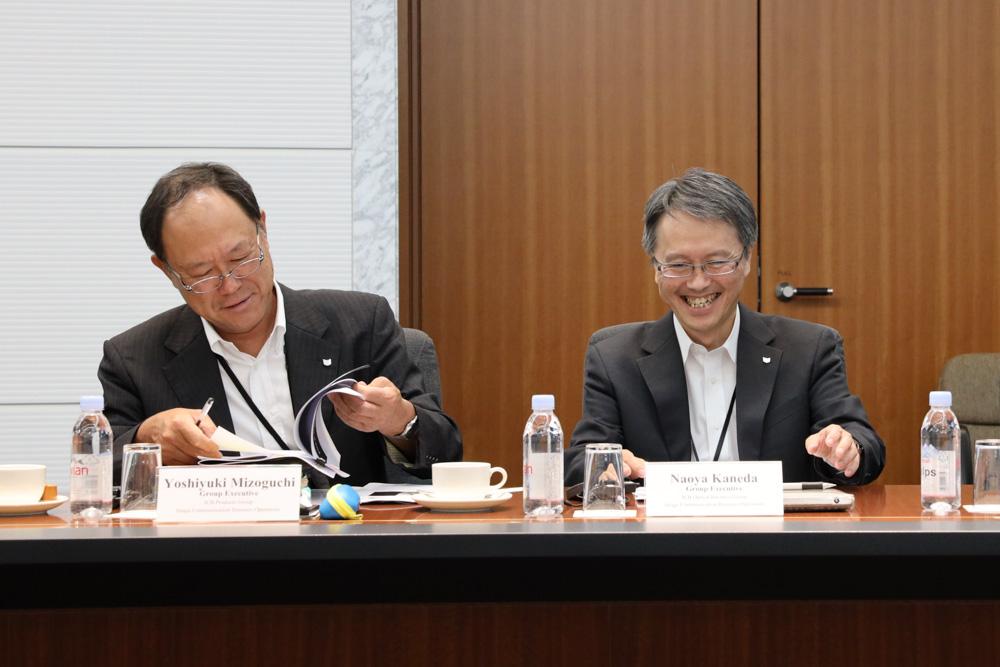 Yoshiyuki Mizoguchi (left) and Naoya Kaneda (right).